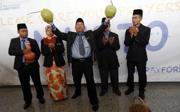 Coconut-Bomoh-Mulla